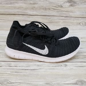 Nike Black & White Free RN Fly Knit Sneakers